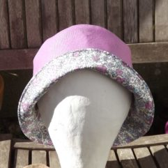 chapeau de pluie femme violine