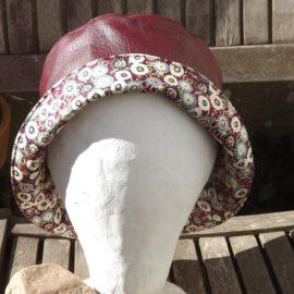 chapeau de pluie pour femme bordeaux