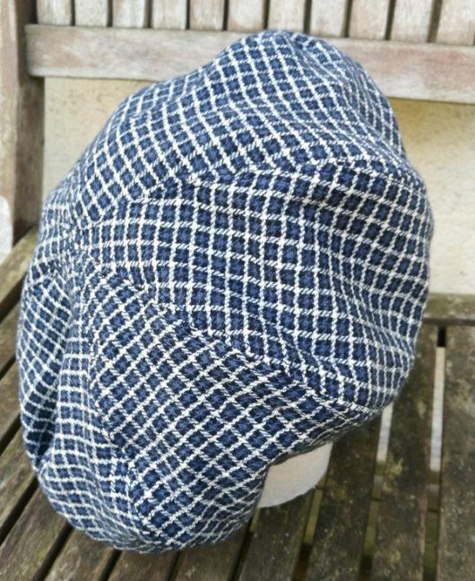 béret bleu écossais