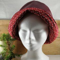 Les chapeaux de pluie femme